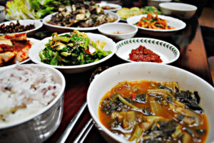 korean-home-food-bulgogi-and-soup